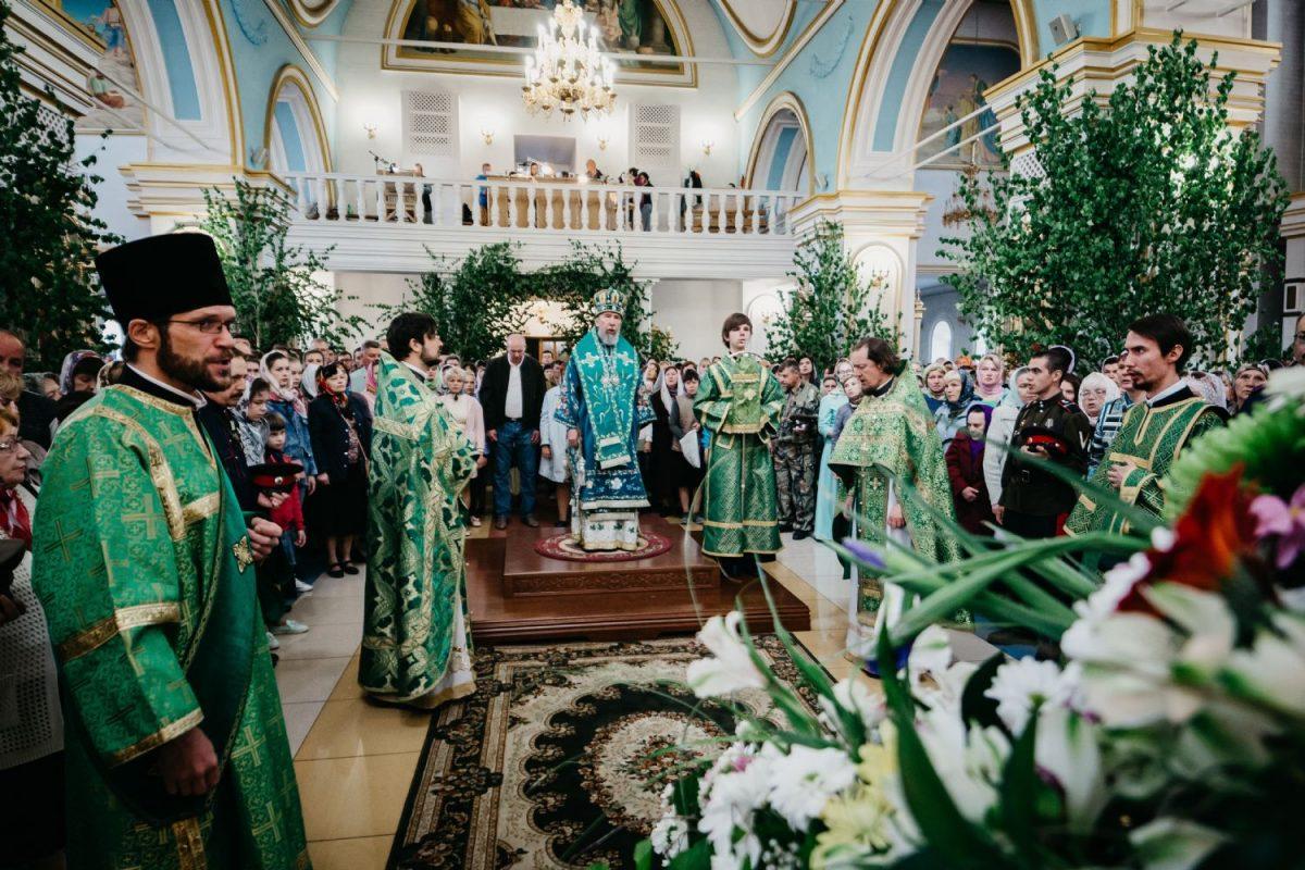 ульяновск празднование троицы фото можно вкапывать